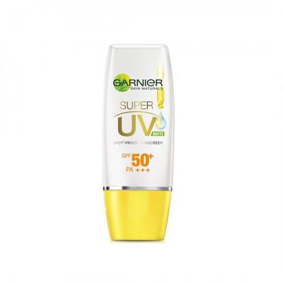 Garnier Super UV Spot-proof Sunscreen SPF 50+ PA+++ ( Matte Finish )